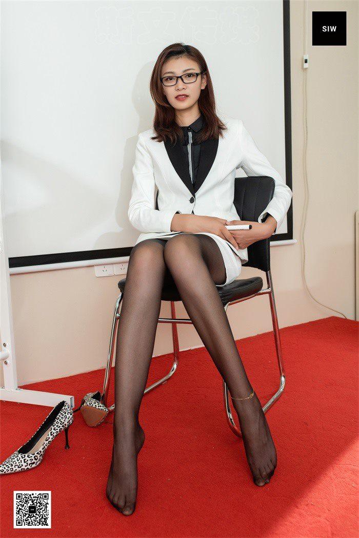 [SIW斯文传媒]VOL.060 会议室女神-嘉慧[64P/168M]